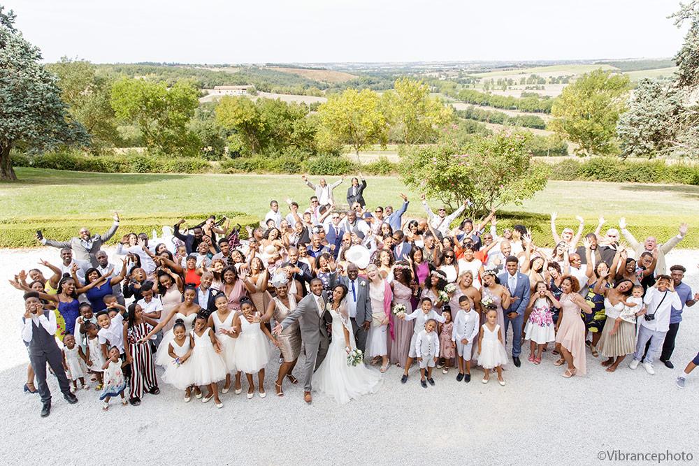 Mariage de Sharlene & Tony au Château de Seyre 41 photo de groupe originale mariage toulouse