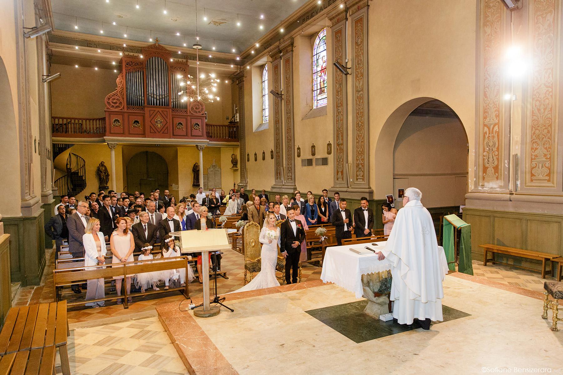 Mariage de Jennifer & Kham à Tournefeuille 17 eglise mariage toulouse photographe