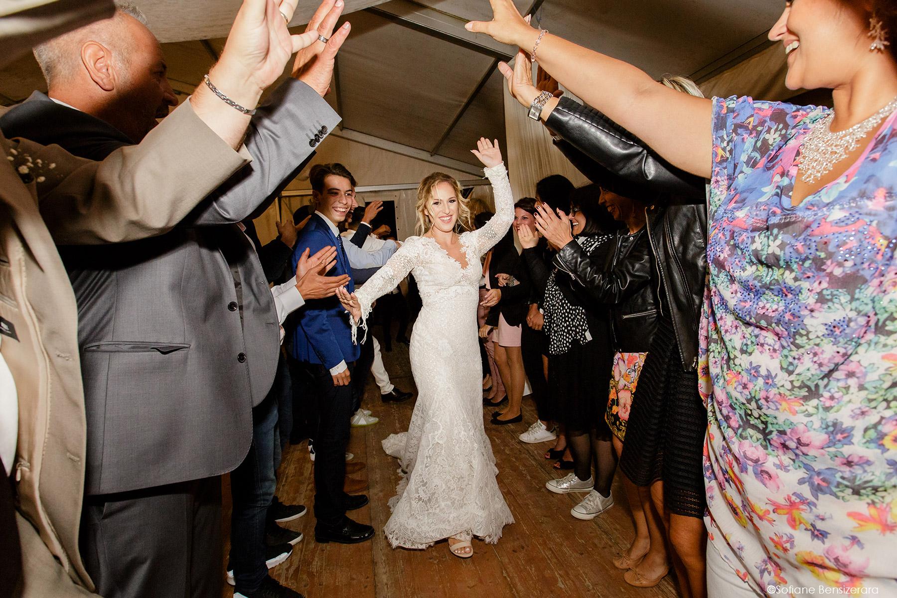 Mariage de Jennifer & Kham à Tournefeuille 25 entree maries toulouse photographe