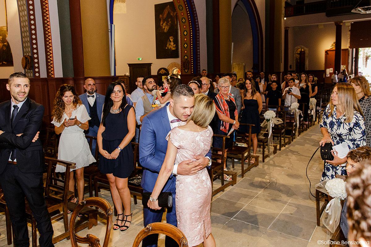 entree-eglise-mariage